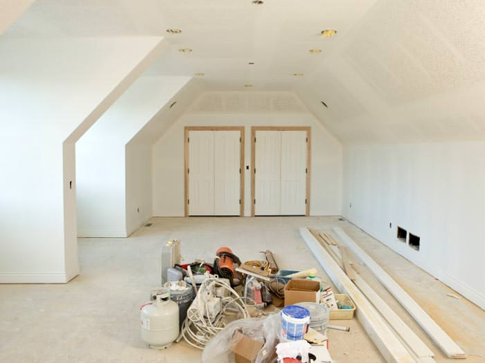 Interior house painting contractors in imperial riverside county - Interior exterior painting services set ...